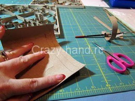 Рамка для фотографий в технике квиллинг. 51021