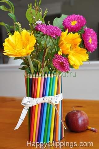Вязанная цветочная ваза